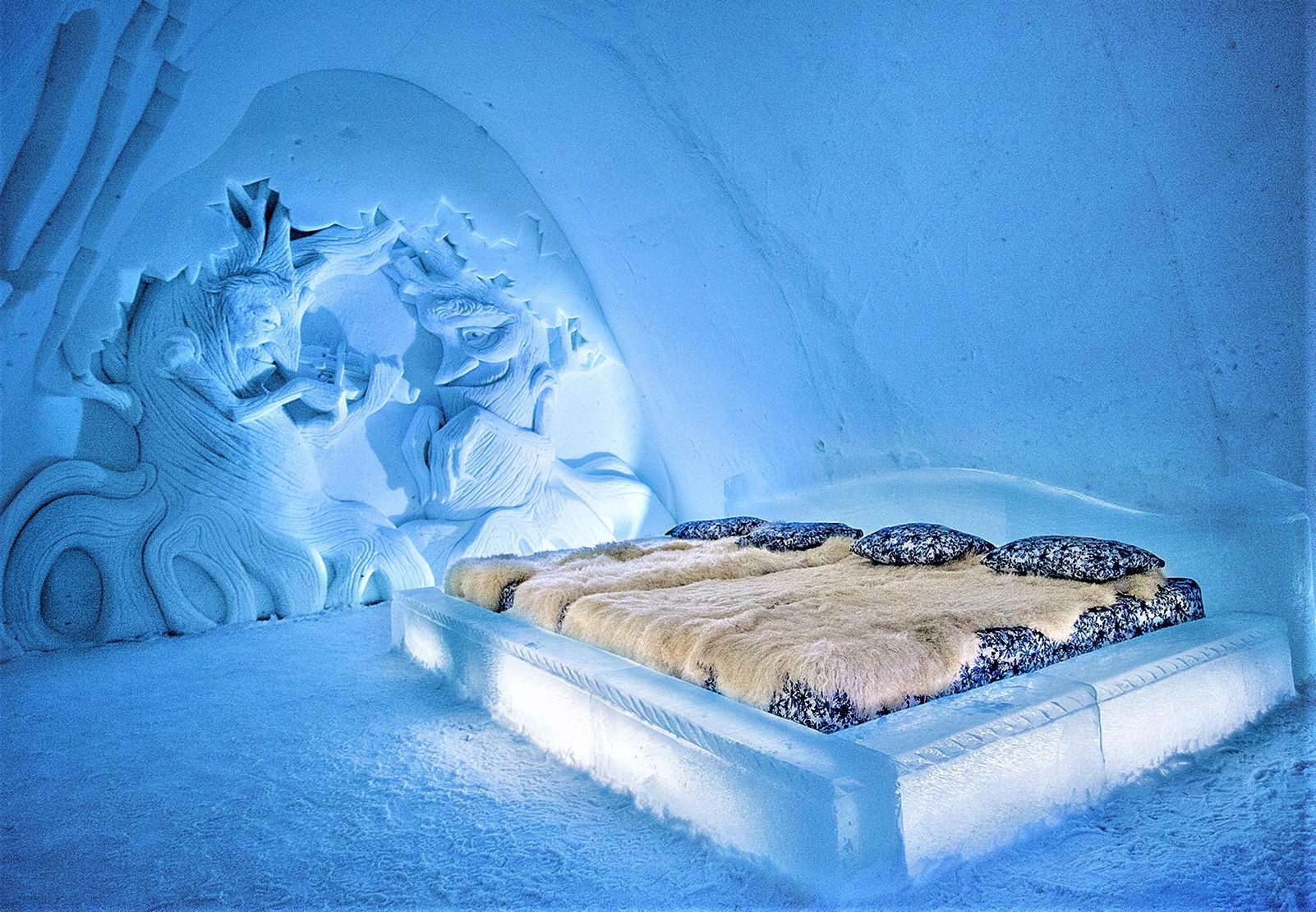 Kemi SnowHotel Room