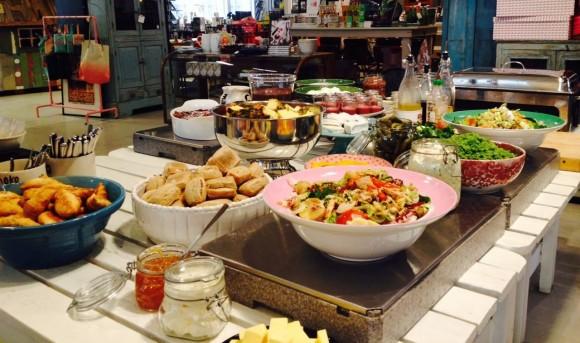 Moko Market Café