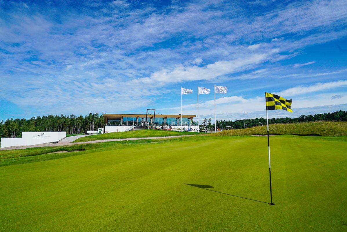 Tapiola Golf Espoo - Discovering Finland