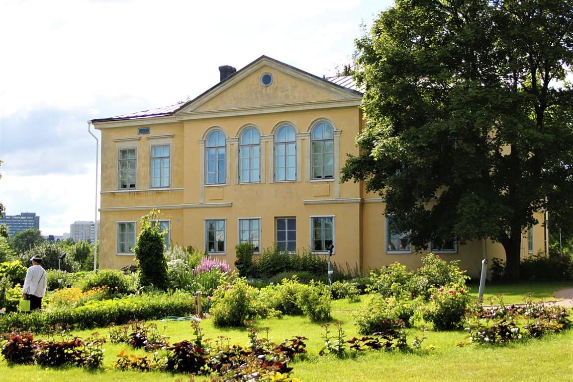 Kumpula Manor