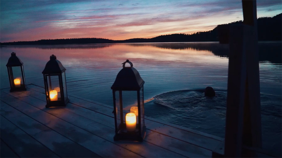 Swimming at night in Kuusamo